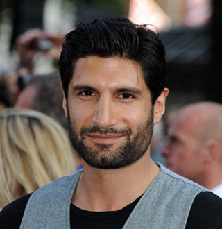 Kayvan Novak Wiki, Married, Wife, Gay