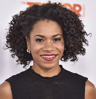 Kelly McCreary Married, Boyfriend, Parents, Sister