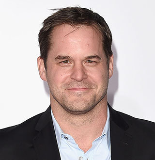 Kyle Bornheimer Married, Wife, Gay