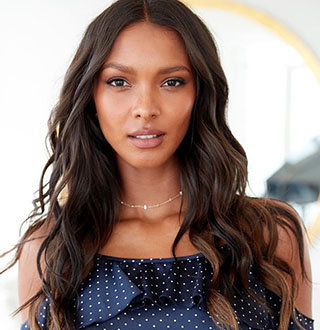 Lais Ribeiro Personal Life Details: Son, Baby Daddy, Boyfriend, Parents