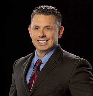 WWE's Michael Cole Is Married Man! Wife, Wedding, Son, Net Worth Details