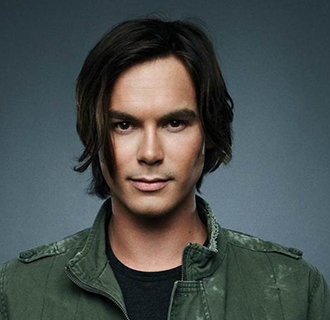 Tyler Blackburn Girlfriend, Gay, Ethnicity, Parents